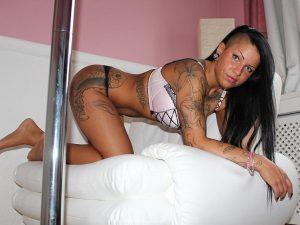 Sexy Frauen auf der Suche nach Live Sex